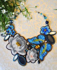 Beautiful beaded jewelry with butterflies Click on link to see more photos - http://beadsmagic.com/?p=6803