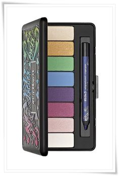 Kat Von D Mi Vida Loca palette, I should be getting it in the mail soon!!!