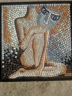 mujer de mascara,mosaicos