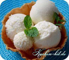 Kokoseis Rezept ohne Ei für die Zubereitung in der Eismaschine - ein leckeres kokos Eis mit Anleitung und tollen Bildern einfach selbst machen.