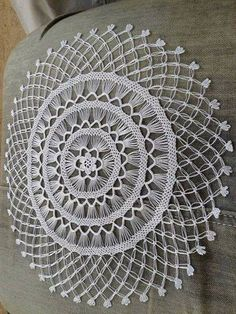 Details about Vintage Crochet Pattern Easter Doily Centerpiece Mat Easter Crochet Patterns, Crochet Art, Crochet Home, Filet Crochet, Irish Crochet, Crochet Motif, Vintage Crochet, Diy Lace Doily Bowl, Lace Doilies