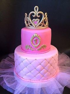 Bolo de princesa 16th Birthday Cake For Girls, 13 Birthday Cake, Special Birthday Cakes, Bolo Tumblr, Royal Cakes, Quinceanera Cakes, Fantasy Cake, Girly Cakes, Cupcakes