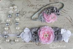 Flower girls sash Wedding Sash Belt Maternity por ThinkPinkBows, $9.95