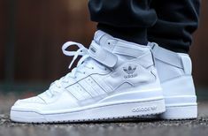 adidas Originals Forum Mid Triple White