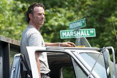 If you've caught your breath after that epic #TheWalkingDead premiere, check out our recap: http://yhoo.it/1P9vJK8