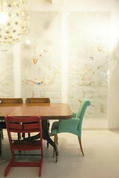 http://littlegreennotebook.blogspot.com/2012/05/host-and-high-chairs.html