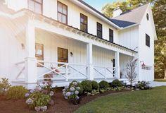 90 incredible modern farmhouse exterior design ideas (76)
