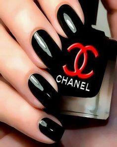 Black Chanel nailpolish