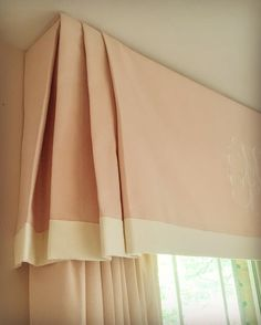 Tips & Tricks on Choosing a Minimalist Curtains. Tips & Tricks on Choosing a Minimalist Curtains. Order or buy curtains should not be haphazard. In addition to choosing an experienced curtain-mak. Corner Window Treatments, Farmhouse Window Treatments, Custom Window Treatments, Window Coverings, Nursery Window Treatments, Drapery Styles, Drapery Designs, Custom Drapes, Custom Windows
