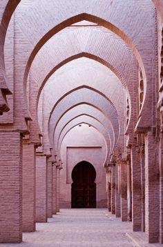 corridor of blush symmetry
