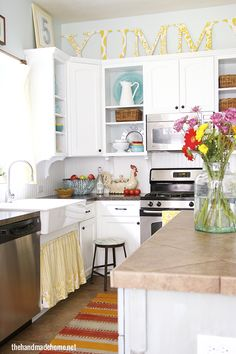 painted fox treasures - a farmhouse kitchen | the handmade home