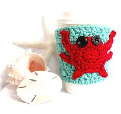 Crab travel mug cup cozy coffee crochet robins blue