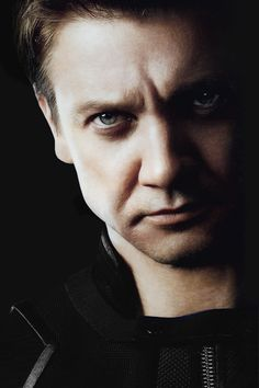 JEREMY RENNER as Walker Lauren - 7.8 gradient telepath with an affinity for young minds. Mind works as a valve, or filter, for Sienna Lauren's powers