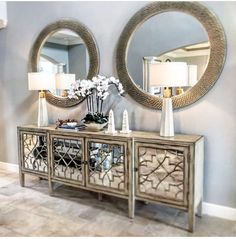 4428 Likes 57 Comments Interior Designer. ( on In Entryway Decor Ideas Comments Designer Interior Likes onepieceatatimedesign Mirrored Furniture, Home Decor Furniture, Diy Home Decor, Furniture Design, Modern Furniture, Flur Design, Home Design, Interior Design, Home Living Room