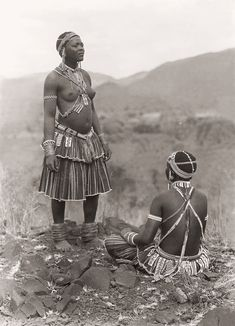 Tsonga( Shangaan) women at Thabina, Limpopo African Tribal Girls, African Women, African Art, Tsonga Traditional Dresses, African Traditional Dresses, African Beauty, African Fashion, Africa Tribes, Africa People