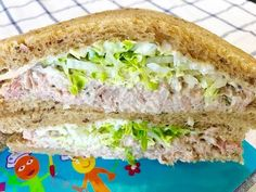 Tuna Sandwich with Mayo : Quick and Easy Recipe Tuna Fish Recipes, Cabbage Soup Recipes, Burger Recipes, Bread Recipes, Quesadillas, Easy Basic Pancake Recipe, Burritos, Tuna Fish Sandwich, How To Make Tuna