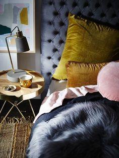 Mustard yellow bedding for sophisticaded bedrooms - Nina's Apartment. - Mustard yellow bedding for sophisticaded bedrooms – Nina's Apartment. Mustard Bedroom, Mustard Bedding, Yellow Bedding, Bedding Sets, Bedroom Colors, Bedroom Decor, Bedroom Ideas, Colourful Bedroom, Bedroom Bed