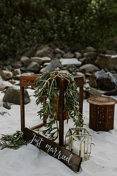 Amanda + Jade:: A Byron Bay beach wedding   Hummingbird Style & Hire