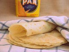 Una receta muy sencilla, tortillas de maiz TORTILLAS DE MAÍZ Ingredientes (6 tortillas) 2 1/2 medidas de agua 2 medidas de ...