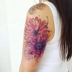 47 Stunning Watercolor Flower Tattoos - Colorful Lotus Tattoo Design Lotus flowers are a nice and popular tattoo idea. Pink Tattoo Ink, Dahlia Tattoo, 1 Tattoo, Cover Up Tattoos, Piercing Tattoo, Body Art Tattoos, New Tattoos, Piercings, Family Tattoos
