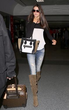 City Fashion & Style ❤ Celebrity Street Style - Kendall Jenner Highlights Lean Legs With Distressed Denim At LAX Kendall Jenner Outfits Casual, Kendall Jenner Mode, Outfit Jeans, Casual Chic, Estilo Kardashian, Fashion Outfits, Womens Fashion, Fashion Trends, Fashion 2015