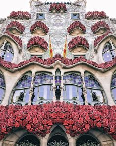 Spain is bright and distinctive, adopt personal inner art bore at El Prado in The city, pass the lively footpath along side the Med in Barcelona . Travel Images, Travel Pictures, Travel Photos, Travel Tips, Travel Hacks, Travel Destinations, Travel Europe, Travel Goals, Budget Travel
