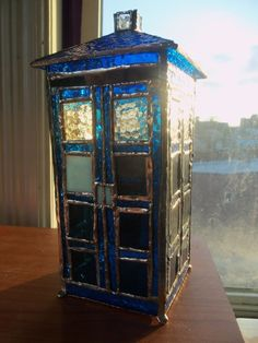 Stained Glass TARDIS - Imgur