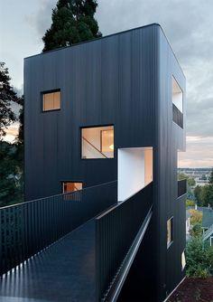 Gallery of Tower House / Benjamin Waechter Architect - 1