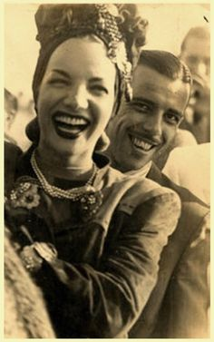 Carmen Miranda and her brother Mário Miranda da Cunha Carmen Miranda, Mario Miranda, Classic Hollywood, Old Hollywood, Cinema, Iconic Women, Her Brother, Selena, Pin Up