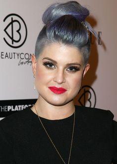 Kelly Osbourne Hair Knot