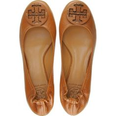 Tory Burch Reva Ballerinas ($159) ❤ liked on Polyvore featuring shoes, flats, sapatilha, shoes - flats, women, tan flats, ballerina shoes, tan ballet flats, brown ballerina flats and ballerina flat shoes