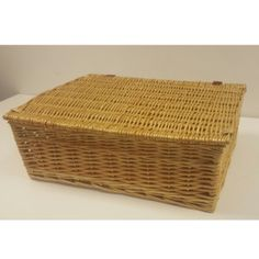 A range of Basket trunks, chests, seagrass and wicker baskets with lids and linings, for storage from Choice Baskets, quality products from UK stock. Wicker Basket With Lid, Wicker Baskets, Trunks And Chests, Home Decor, Decoration Home, Room Decor, Home Interior Design, Home Decoration, Woven Baskets
