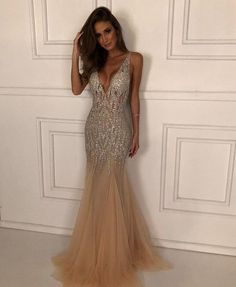 Social gathering here. If you need the wearer and get a party after that you've come to the right place. Senior Prom Dresses, Cute Prom Dresses, Prom Outfits, Sweet 16 Dresses, Gala Dresses, Event Dresses, Dance Dresses, Pretty Dresses, Bridesmaid Dresses