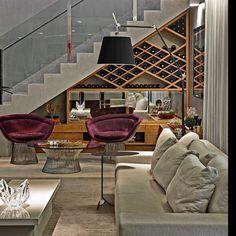 """139 Likes, 15 Comments - @mjarquitetura on Instagram: """"Bom dia!!!! Com esta inspiração desta adega linda embaixo da escada aproveitando cada canto da casa…"""""""