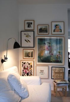 Feading nook photo gallery with different colored frames.