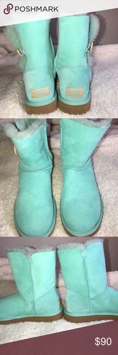 💕💕 Tiffany Blue UGG Bailey Button Boots💕💕 These UGG boots are in excellent used condition. Look BRAND NEW! Beautiful aqua color. So warm and comfy! Size 6 Women's. I'm a 6.5 to 7 and these fit me comfortably 😍These come with the box 📦 UGG Shoes