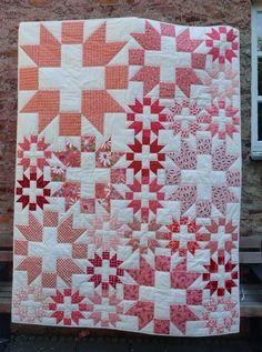 Quiltmanufaktur-Blog: 6 Köpfe - 12 Blöcke Churn Dash - Vergrößern und Verkleinern von Quiltblöcken