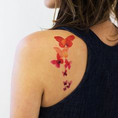 Stina Persson's new watercolor Butterfly Tattly make me all kinds of happy.