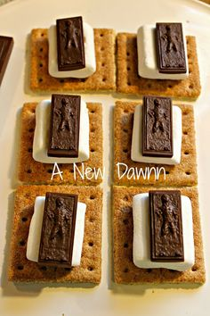 #HanSolo #S'mores #StarWars recipe Star Wars Food, Star Wars Day, Star Wars Birthday, 8th Birthday, Birthday Ideas, Pumpkin Carving Party, Sleepover Birthday Parties, Kid Desserts, Candy Molds
