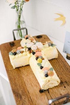 Communion, Macaron, Cake Art, Rice Krispies, Pistachio, Blue Bird, Food Art, Drops Design, Cake Decorating