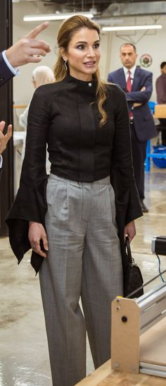 Queen Rania watches a part of the Offline Show at the Jordan University for Science and Technology and visits the Fab Lab in Irbid Irbid, Jordan / 3 May 2017