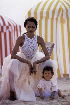 Model Moms and Their Children in Vogue – I adore that dress!