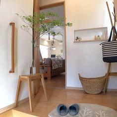 植物のある暮らし/リサラーソン/玄関ホール/ニッチ/スツール/ニトリ…などのインテリア実例 - 2016-05-24 20:39:45 | RoomClip(ルームクリップ) Muji Home, Muji Style, Minimal Home, Room Decor Bedroom, My Room, My Dream Home, Ladder Decor, Indoor Plants, Entrance