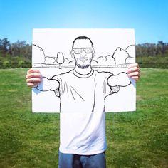 Creative Self-Less Selfies by Ari Fararooy. Selfies, Selfie Poses, Selfie Ideas, Creative Artwork, Creative Portraits, Instagram Blog, Instagram Posts, Self Portrait Artists, Good Poses
