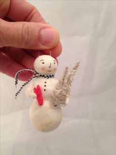 Feather tree ornament by Maria Paula Snowman with heart and vintage bottle brush trees. @spuncottongirl