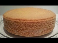 Génoise inratable, haute et légère - YouTube Sweet Recipes, Cake Recipes, Dessert Recipes, Gateau Cake, Cornbread, Vanilla Cake, Biscuits, Caramel, Bakery