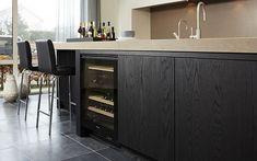 flush inset black oak or ash Kitchen Interior, Kitchen Inspirations, Black Kitchens, Kitchen Space, Oak Kitchen, Kitchen Cabinets, Kitchen Decor, Home Kitchens, Dark Kitchen
