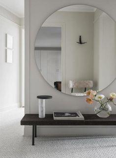 miroir pour entrée, miroir mural géant et banquette d'entrée