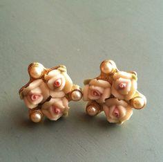 Vintage Flower & Pearl Gold Earrings by MatildaMarie on Etsy, $5.00