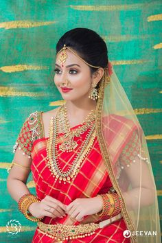 Beauty Pictures: Wedding Saree and South Indian Bride - RV Varma - Beauty Pictures: Wedding Saree and South Indian Bride Beauty Pictures: Wedding Saree and South Indian Bride - South Indian Bridal Jewellery, Indian Bridal Makeup, Indian Bridal Fashion, Bridal Jewelry, Bridal Looks, Bridal Style, Bridal Jewellery Inspiration, Wedding Inspiration, Bride Poses